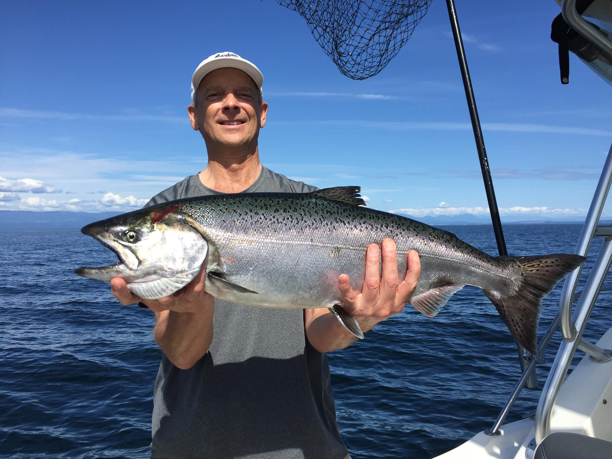 Img 0439 2000x1500 cliff 39 s chinook charters for California fishing license 2017